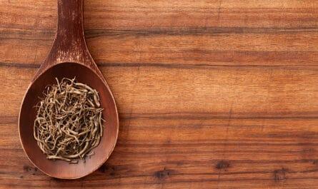 cuchara con raiz de valeriana